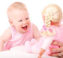 Salturile de dezvoltare mentala la bebelusi : cele mai relevante etape